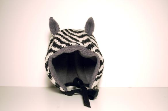 bonnet zebre B